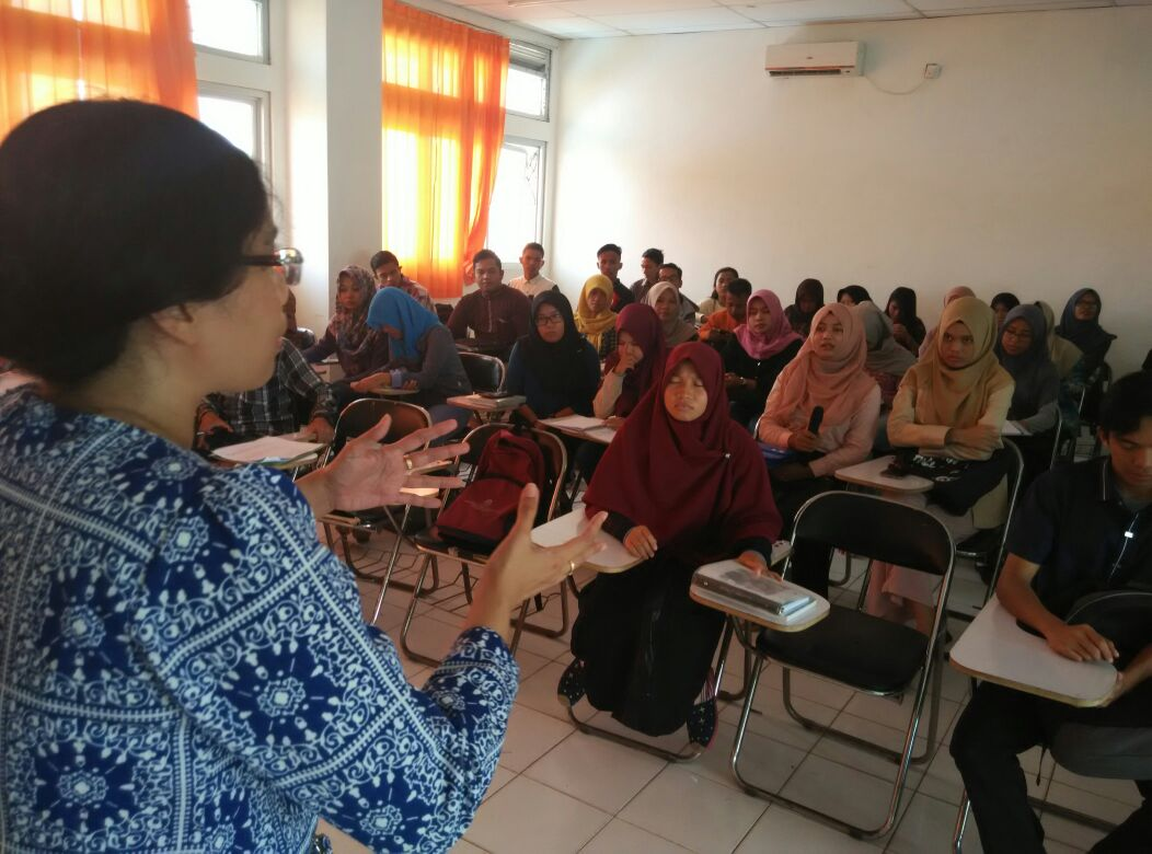 "Kuliah Dosen Tamu ""Politik Identitas di Kepulauan Riau: Conceptual Approach"""