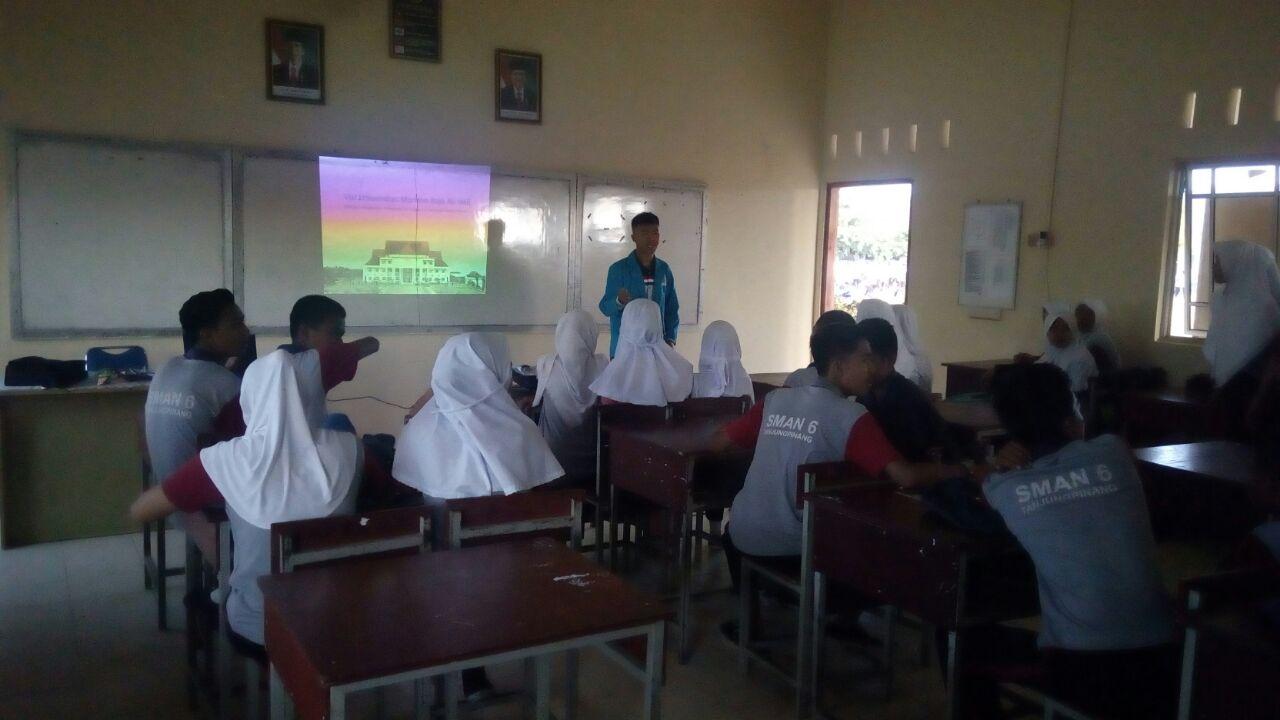 Presentasi di SMA Regional Tanjung Pinang